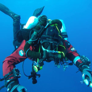 an examination of the dangers and rewards of the sport of scuba diving Diving deep into danger nathaniel rich they are given a full physical examination and kept under observation for twenty-four and relies primarily on scuba.